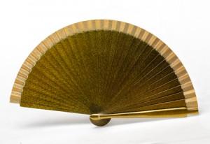 """Abanico metalizado """"Gold"""" perfecto para Ceremonias"""