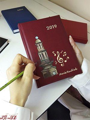 Agenda Día página 2019 personalizada 15 x 21 cm
