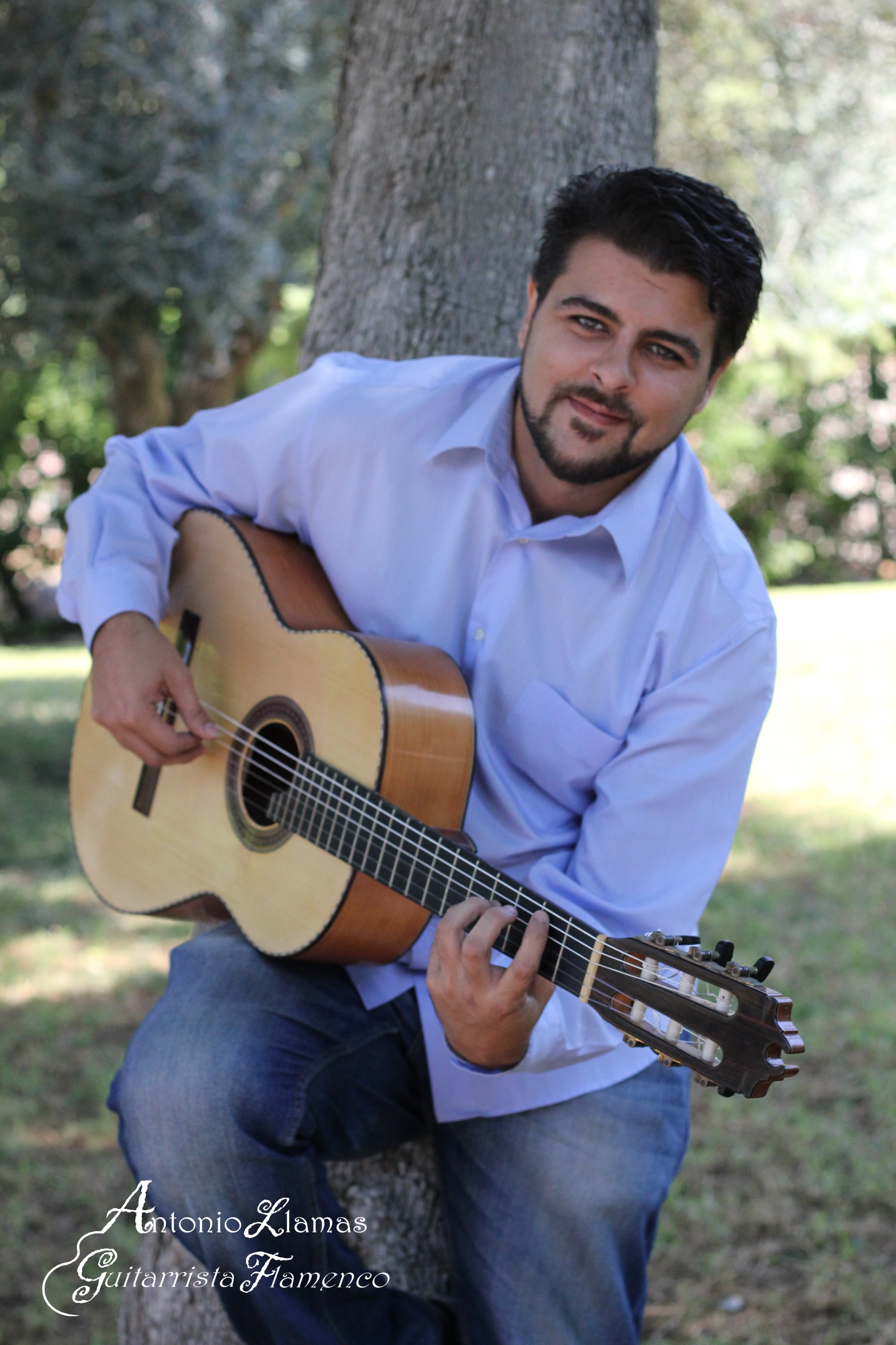 ANTONIO LLAMAS, GUITARRISTA FLAMENCO
