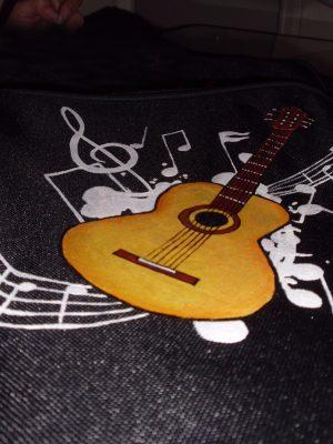 Funda de guitarra clásica personalizada (15 mm de acolchado)