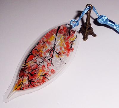Punto de lectura 100% artesanal hoja artificial pintada a mano