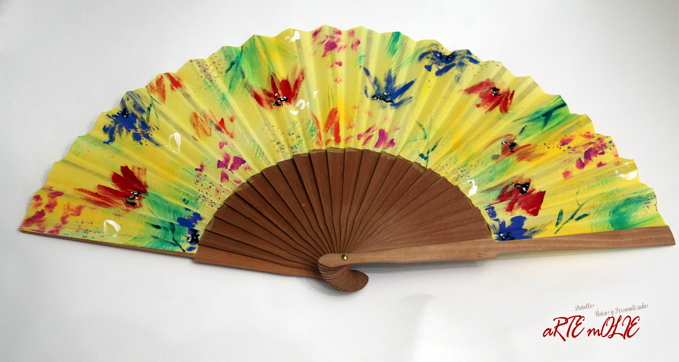 Abanico pintado a mano con diseño Explosión de color